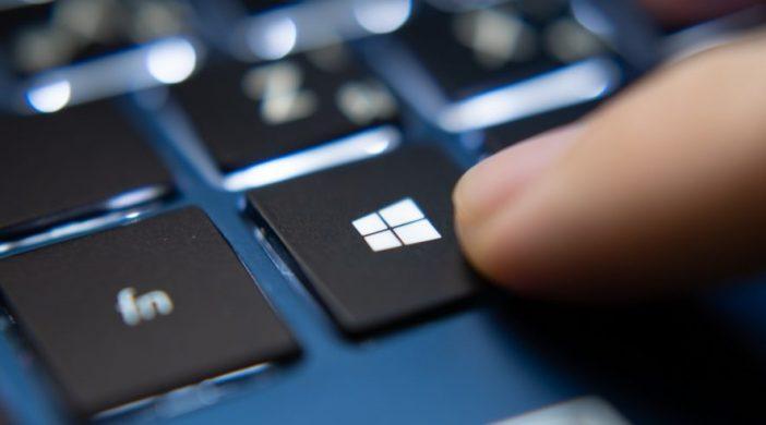 Windows-10-autoRun-886x590